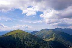 Предпосылка полу-сердитых облаков, Словакия Стоковые Фото