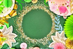 предпосылка праздничная тема тропическая Лето hawaii Партия, день рождения над взглядом бесплатная иллюстрация
