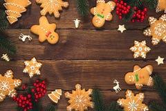 Предпосылка рождества с домодельными печеньями пряника Стоковое Фото