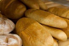 Предпосылка свежего испеченного хлеба, конец-вверх Свежая очень вкусная еда bakersfield Макрос взгляда скопируйте космос Насмешка стоковое фото