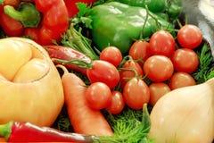 Предпосылка свежих и сырцовых овощей Стоковое Фото
