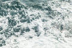Предпосылка снятая поверхности морской воды aqua Стоковая Фотография