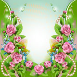 Предпосылка с розовыми розами и падениями Стоковое Изображение RF
