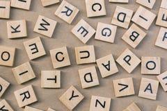 предпосылка типа блоков letterpress деревянного печатания, случайная позволила Стоковое Изображение RF