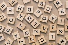 предпосылка типа блоков letterpress деревянного печатания, случайная позволила Стоковое Изображение