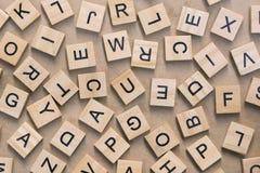 предпосылка типа блоков letterpress деревянного печатания, случайная позволила Стоковые Изображения