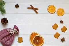 Предпосылка торжества праздников рождества, красный сицилийский высушенный o стоковая фотография rf