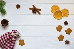 Предпосылка торжества праздников рождества, красный сицилийский высушенный o стоковые изображения rf