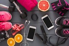 Предпосылка фитнеса, оборудование спорта, космос экземпляра Стоковая Фотография RF