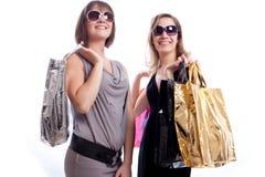 предпосылка ходя по магазинам 2 белых женщины Стоковое Изображение