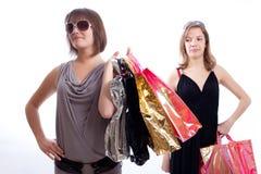 предпосылка ходя по магазинам 2 белых женщины Стоковые Изображения RF