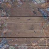 Предпосылка шикарного падения Boho деревянная с цветками и пер стоковая фотография