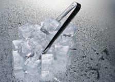 предпосылка cubes льдед над влажной Стоковые Изображения RF