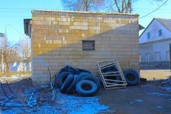 Предпосылки разрушенной и ограбленной производственной установки молока _ Стоковое Изображение