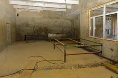 Предпосылки разрушенной и ограбленной производственной установки молока _ Стоковая Фотография RF