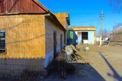 Предпосылки разрушенной и ограбленной производственной установки молока _ Стоковое Изображение RF