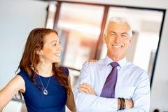 Предприниматели имея встречу стоковое изображение