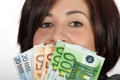 представляет счет женщина евро Стоковые Фото