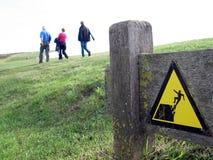 предупреждение наклона знака Стоковое Изображение RF