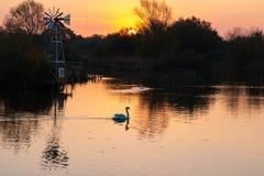Предыдущий восход солнца на озере Bardag стоковое фото rf