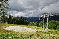 Предыдущий ландшафт леса горы осени панорама горы ландшафта caucasus северная Стоковая Фотография
