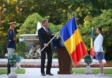Президент Klaus Iohannis приветствует команду Qlympic румына Стоковое Фото