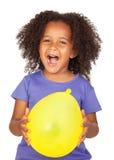 прелестная африканская девушка воздушного шара немногая желтый цвет Стоковое Изображение