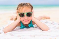 прелестная девушка меньшяя каникула стоковое изображение