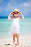 прелестная девушка пляжа немногая Стоковое фото RF