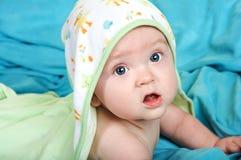 прелестное bathtime младенца Стоковые Изображения RF