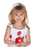 Прелестно девушка с яблоком стоковое изображение rf