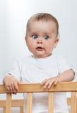 Прелестно младенец в белизне Стоковое фото RF