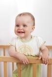 Прелестно ребенок в шпаргалке Стоковая Фотография