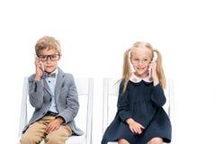 Прелестные дети с smartphones Стоковая Фотография RF