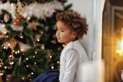прелестный ждать santa девушки Стоковое Фото