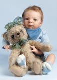 прелестный игрушечный медведя младенца Стоковые Изображения