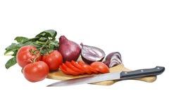 прерванные томаты весны лука стоковая фотография rf