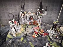 Преследовать замок - нашествие выставки Lego Giants стоковая фотография