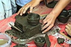 прессформа глины 2 детей Стоковое Фото