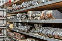 Прессформы металла для изготовляя insoles стоковое изображение