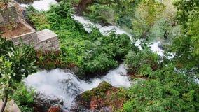 Префектура EÎ'εσσα Пеллы водопадов Edessa, македония, Греция видеоматериал