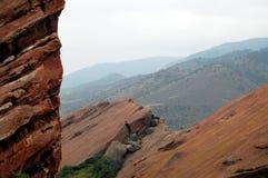 Предгорья утесистой горы Стоковые Фотографии RF