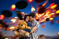 Прелестные пары в влюбленности Стоковые Изображения