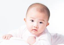 Прелестный newborn азиатский младенец Стоковые Фото