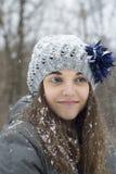 Предназначенная для подростков девушка в снеге Стоковое Изображение RF