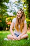 Предназначенный для подростков портрет природы девушки Стоковая Фотография