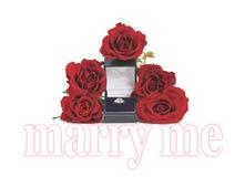 Предложение руки и сердца с розами и кольцом Стоковая Фотография