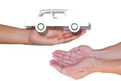 Предложите белый автомобиль от белой предпосылки, изолированной на белизне стоковые фото