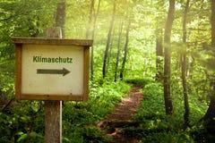 Предохранение от климата - Klimaschutz (немецкий язык) Стоковое фото RF