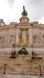 Предохранители на национальном монументе Виктора Emmanuel в Риме стоковое фото rf